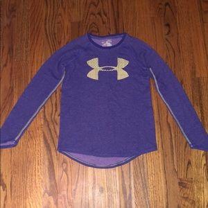 Girl's size medium under armour long sleeve shirt